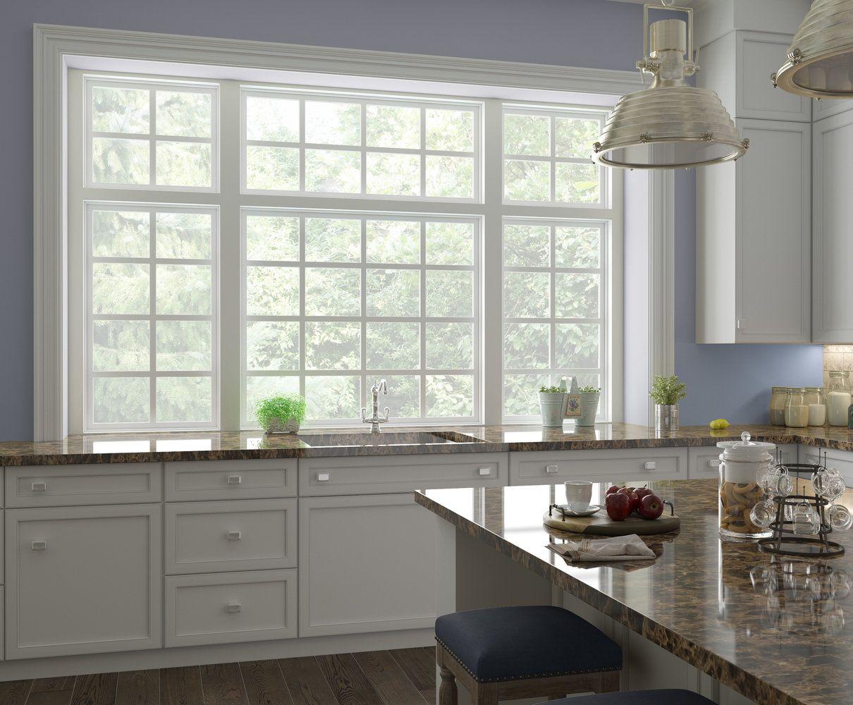 кухонный гарнитур у окна фото нежно душу